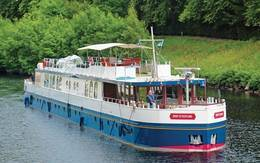 Spirit of Scotland Caledonian Canal and Loch Ness