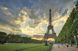 8 Day Paris and London by Rail